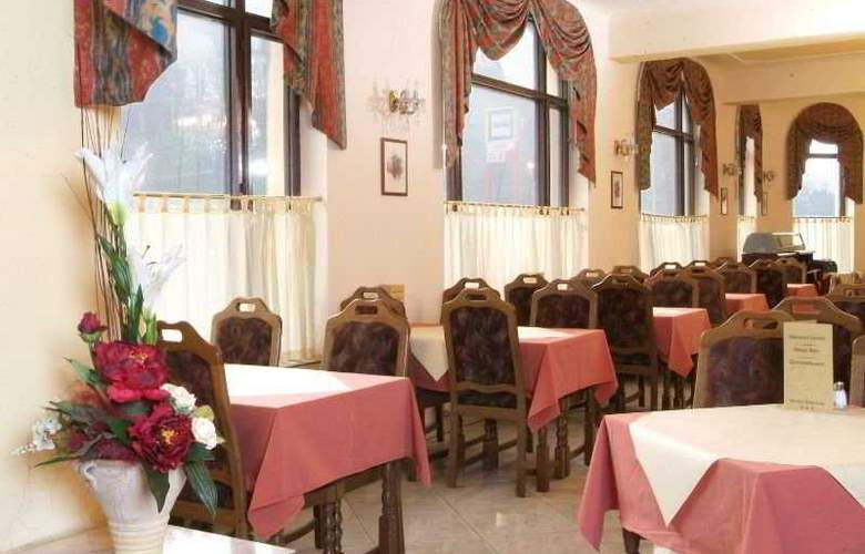 Kavalir - Restaurant - 9
