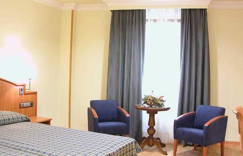 II Castillas Madrid - Room - 2