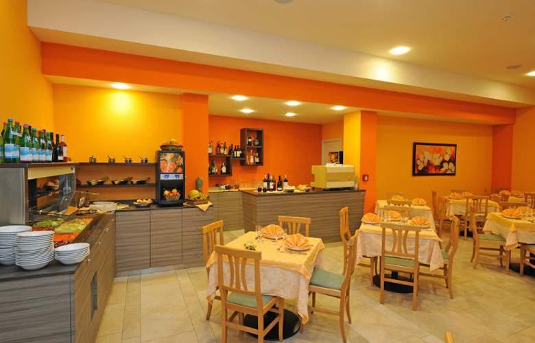 Primavera - Restaurant - 2