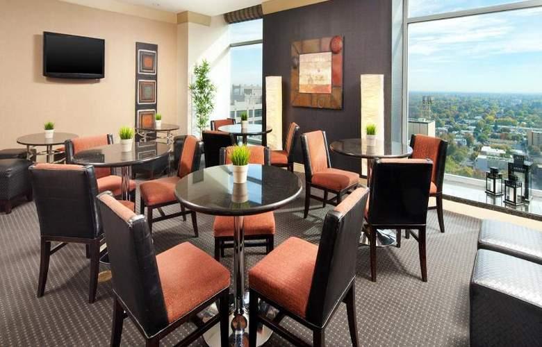 Sheraton Grand Sacramento - Bar - 9