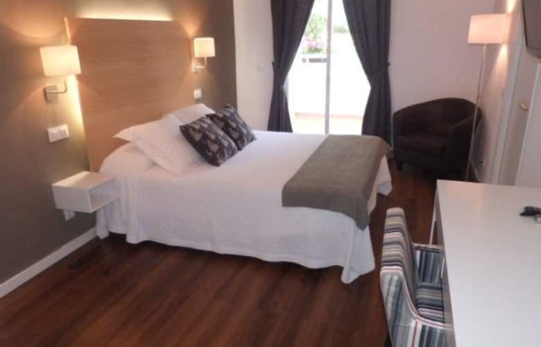 Hotel LLorca - Room - 12
