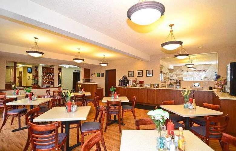 Best Western Plus Park Place Inn - Hotel - 19