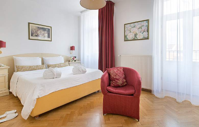 Hotel Suite Home Prague - Room - 4