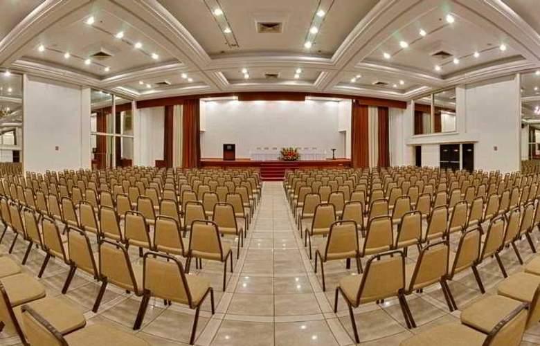 Plaza Sao Rafael Hotel e Centro de Eventos - Conference - 3