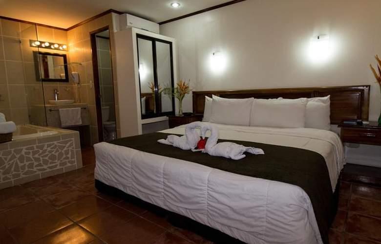 Copacabana hotel and suites - Room - 6