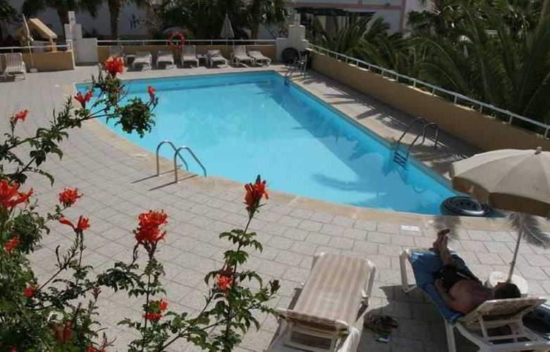 Punta Marina - Pool - 10