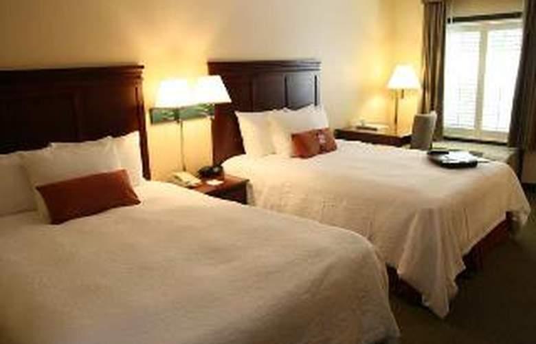 Hampton Inn Destin - Room - 3