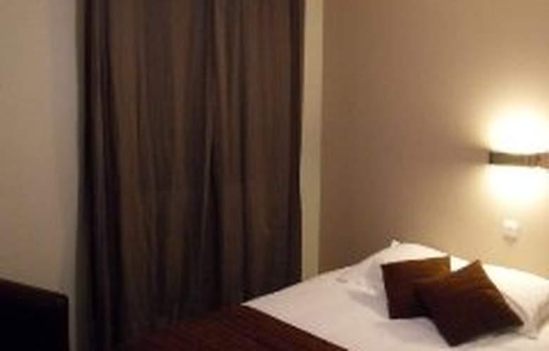 Blue Hotel - Room - 1