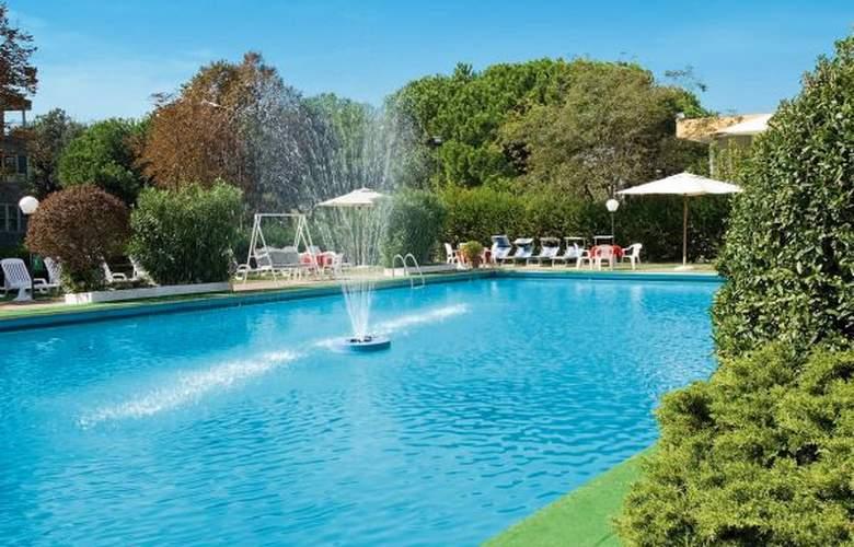 Resort Punta Nord - Hotel - 5