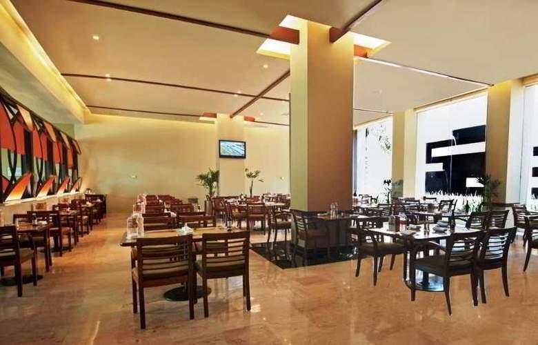 Fiesta Inn Cuautitlan - Restaurant - 5