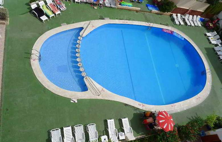 Marian - Pool - 7