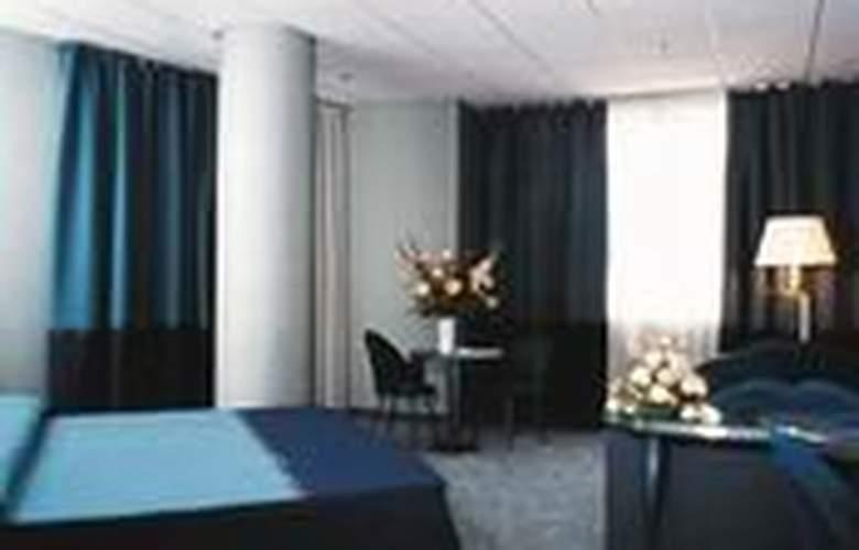 Una Bergamo - Room - 0