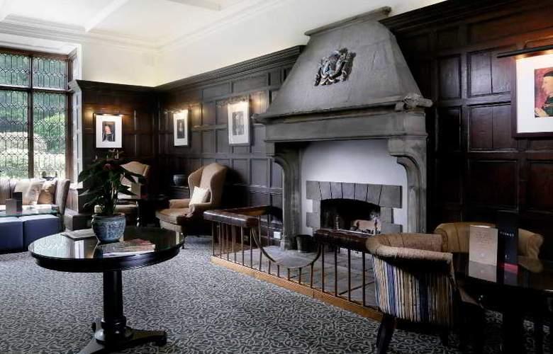 Macdonald Alveston Manor - Restaurant - 4