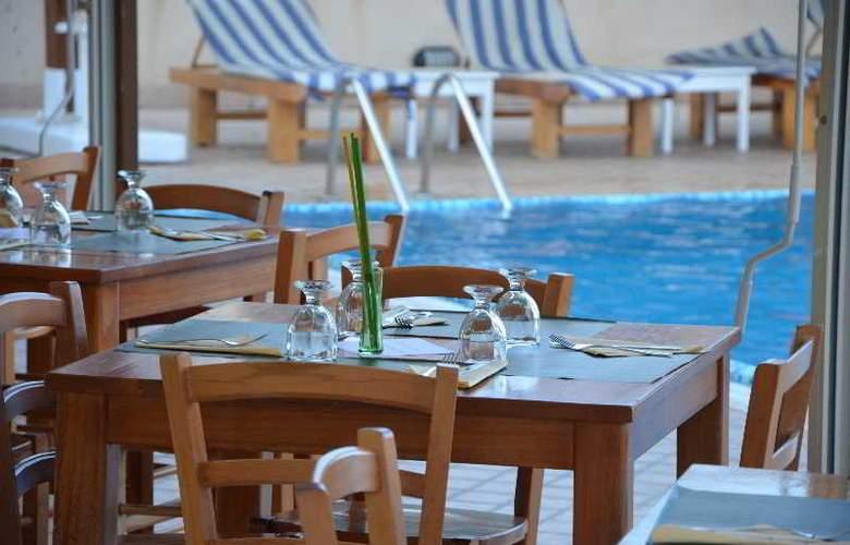 La Terra Dei Sogni Hotel & Farm House - Pool - 5