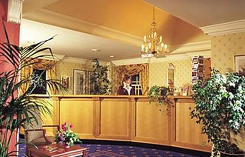 Royal British Hotel - General - 1