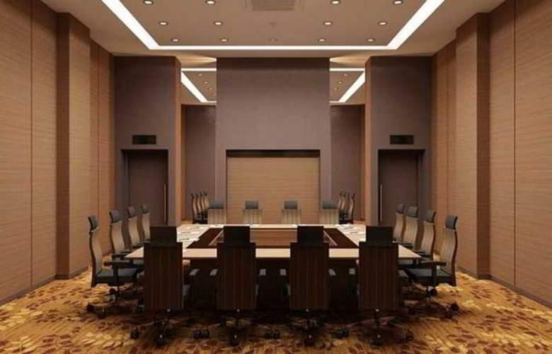 Eastparc Yogyakarta - Conference - 3