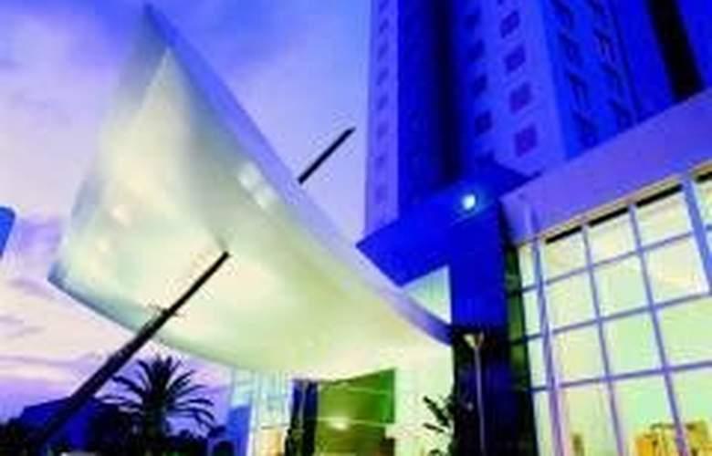 Watermark Hotel & Spa Gold Coast - Hotel - 0