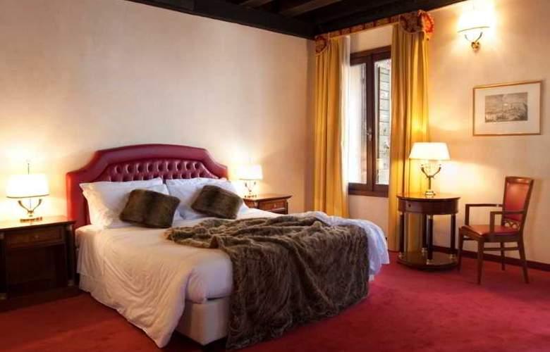 Dona Palace - Room - 7