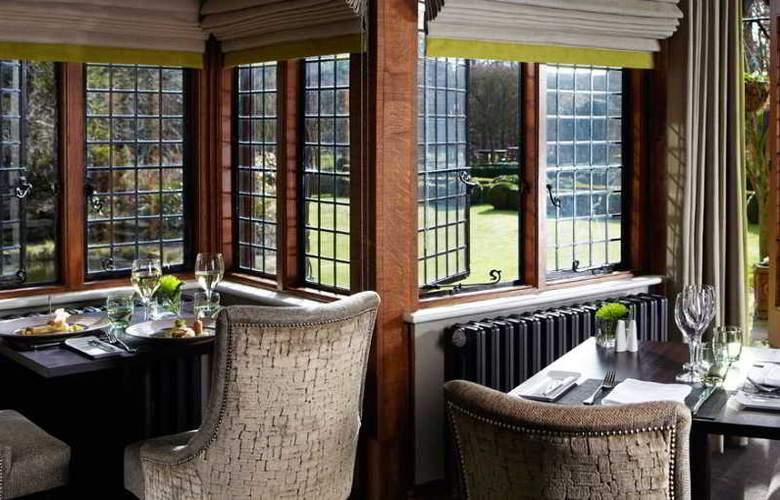 Langshott Manor - Restaurant - 4