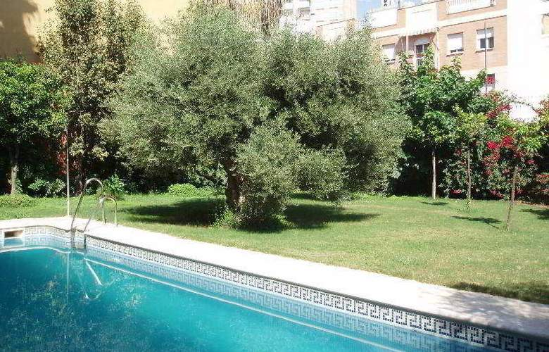 AACR Monteolivos - Pool - 4
