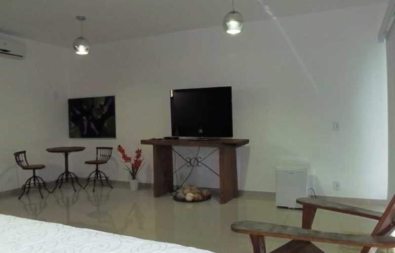 Falcon Guest Suites - Room - 6