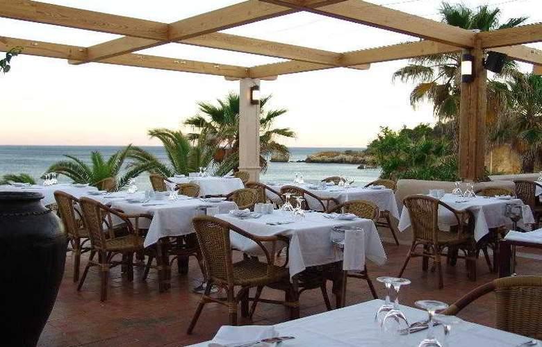 Grande Real Santa Eulalia Resort & Hotel Spa - Restaurant - 27