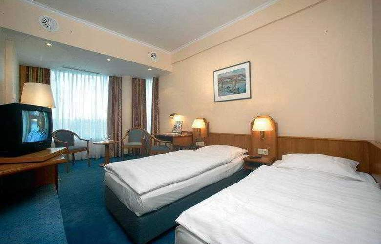 Best Western International - Hotel - 2