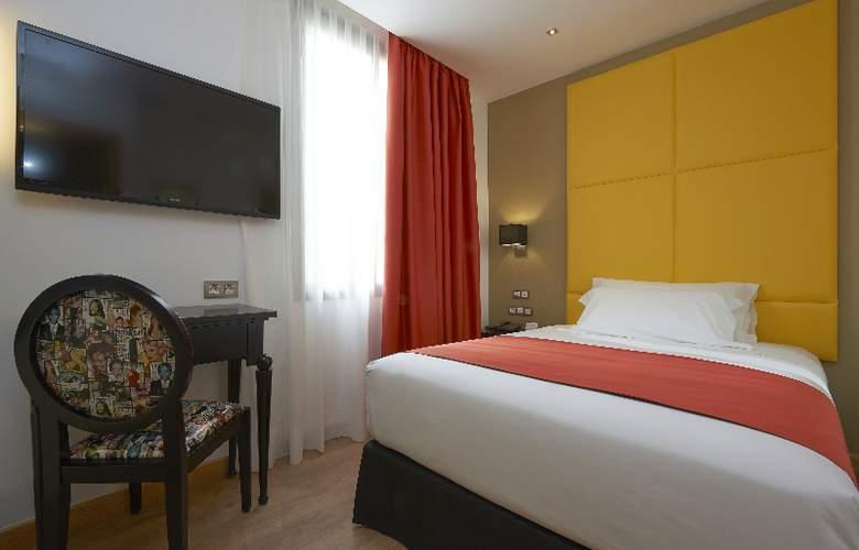 NH Barcelona Barri Gotic - Room - 7