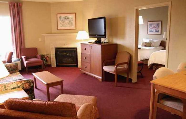 Hampton Inn Altoona - Hotel - 5