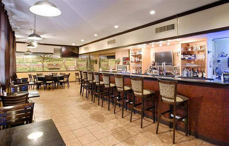 Best Western Hill House - Bar - 53
