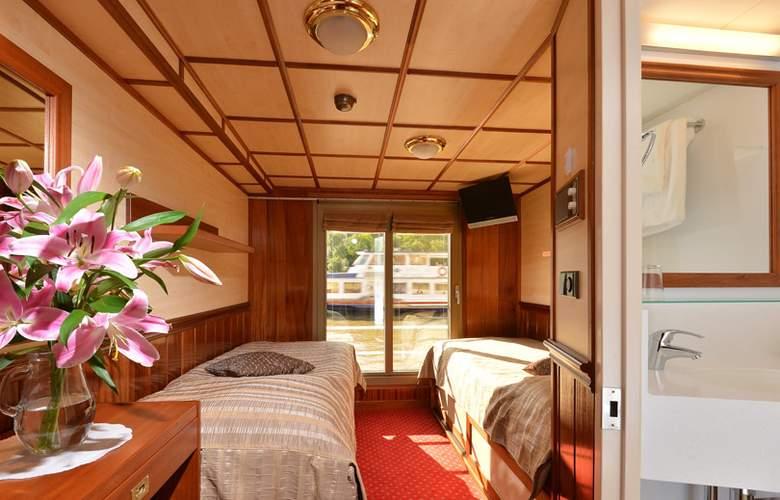 Florentina Boat - Room - 2