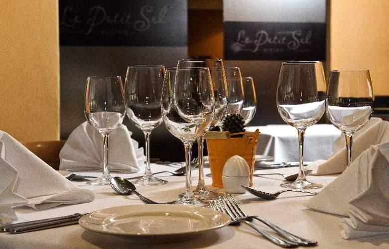 Faircity Falstaff Hotel - Restaurant - 5