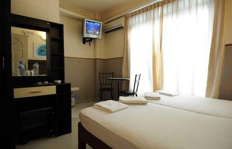 Luckyhiya - Room - 6