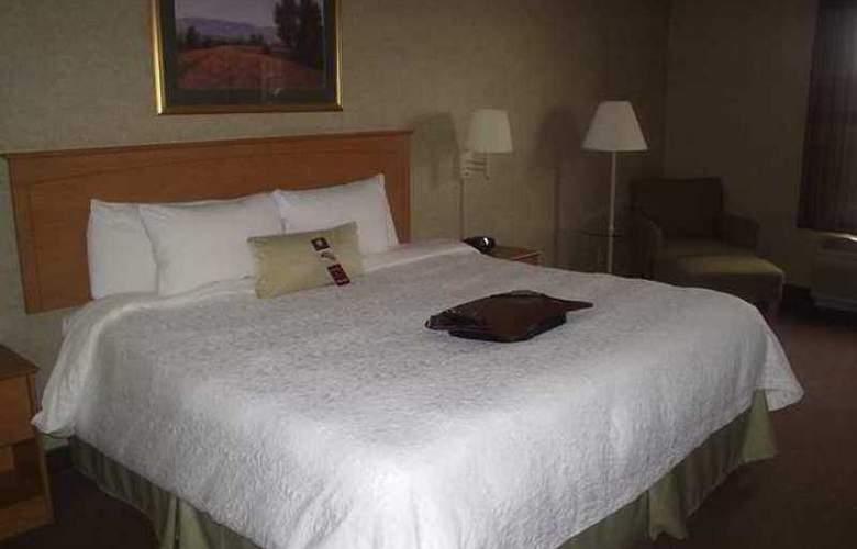 Hampton Inn & Suites Kalamazoo-Oshtemo - Hotel - 12