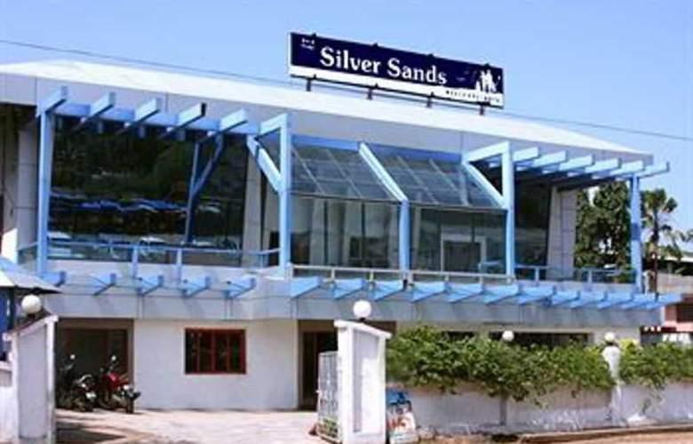 Silver Sands Beach Resort - Hotel - 8