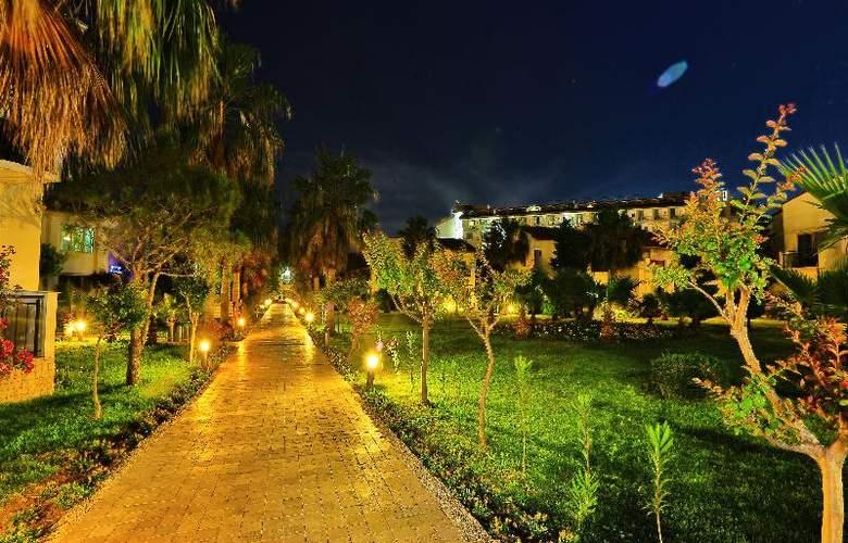 Lyra Resort - Hotel - 21