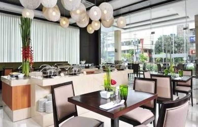 Harolds Hotel - Restaurant - 3
