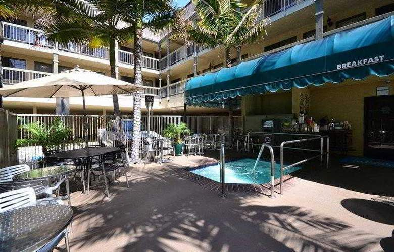 Best Western Airport Plaza Inn - Hotel - 30
