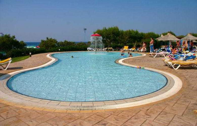 Aquis Zorbas Village - Pool - 10