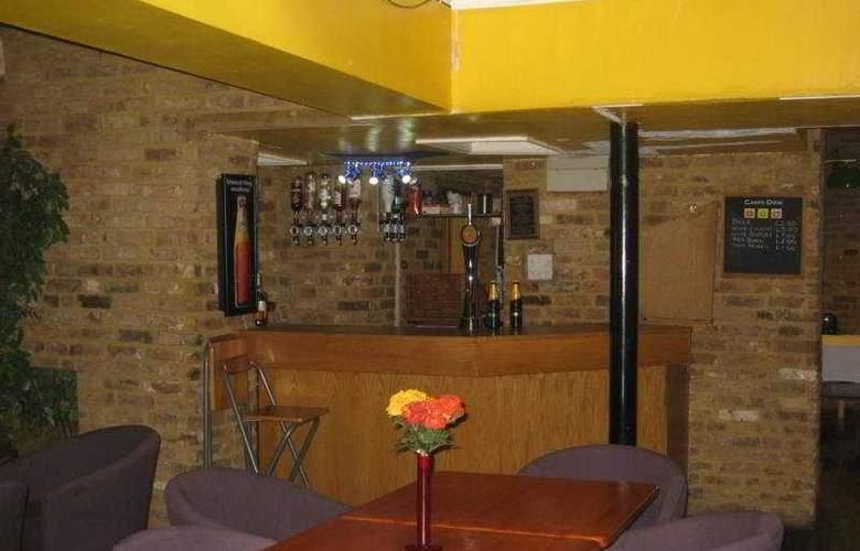 Somerset - Bar - 7