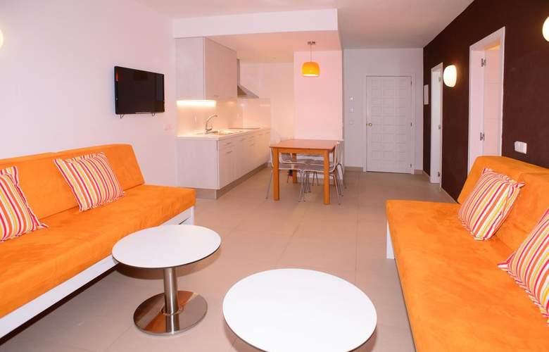 Poniente Playa - Room - 12