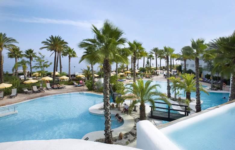 H10 Estepona Palace - Pool - 12