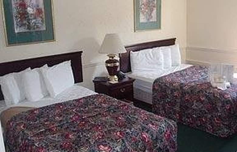 Comfort Suites Airport - Room - 4