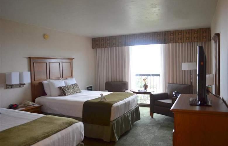Best Western Plus Agate Beach Inn - Room - 64