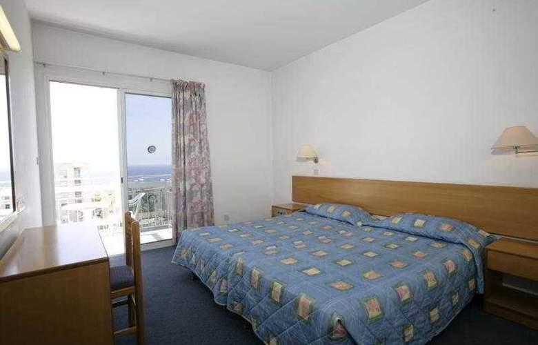 Blue Crane Hotel Apts - Room - 3