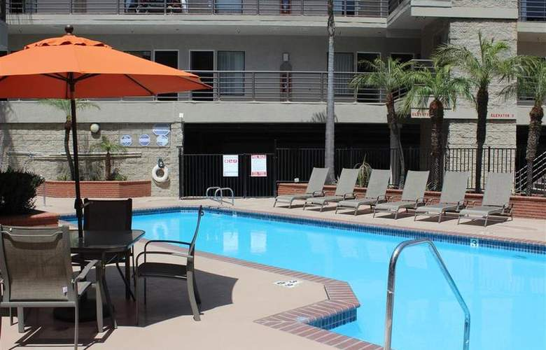 Best Western Plus Irvine Spectrum - Pool - 31