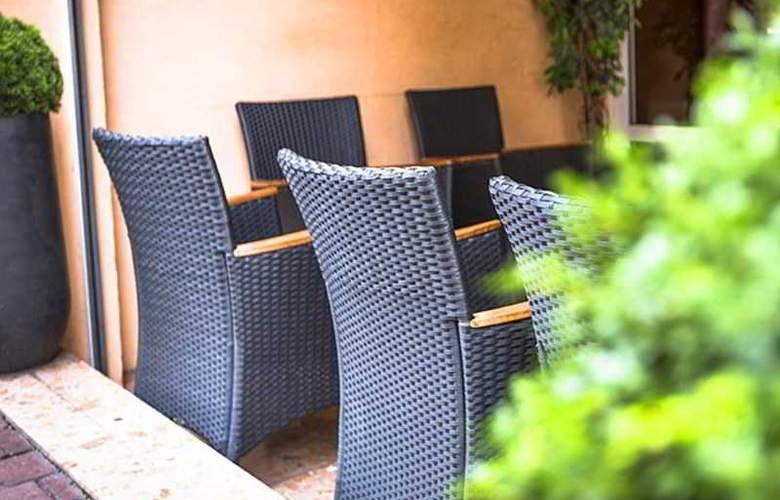 America Hotel Lourdes - Terrace - 5