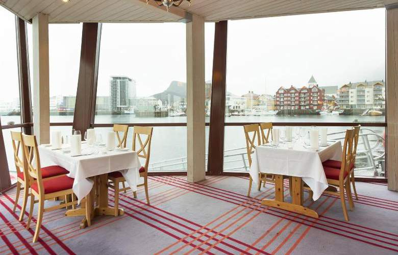 Scandic Svolvaer - Restaurant - 3