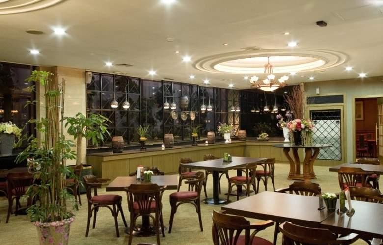 Victoria - Restaurant - 4