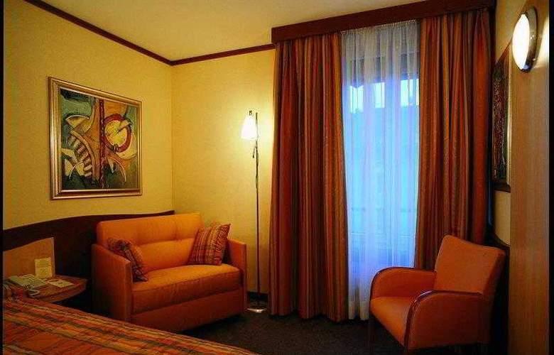 Best Western Strasbourg - Hotel - 0